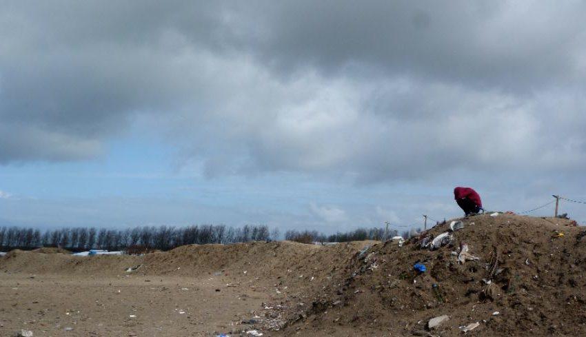 Vita di confine: la Jungle di Calais tra attese e sopravvivenza