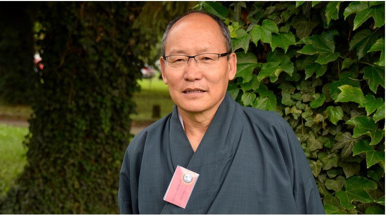 Misurare il benessere del Bhutan: intervista a Dasho Karma Ura