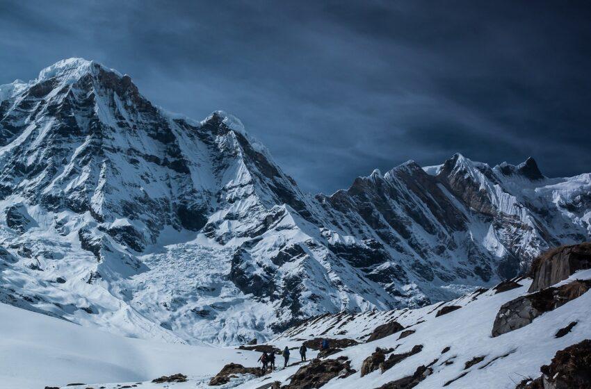 La montagna italiana senza neve