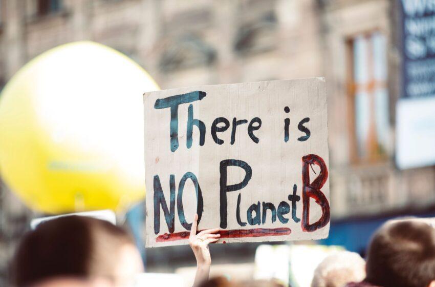 Contro i governi ed i grandi inquinatori