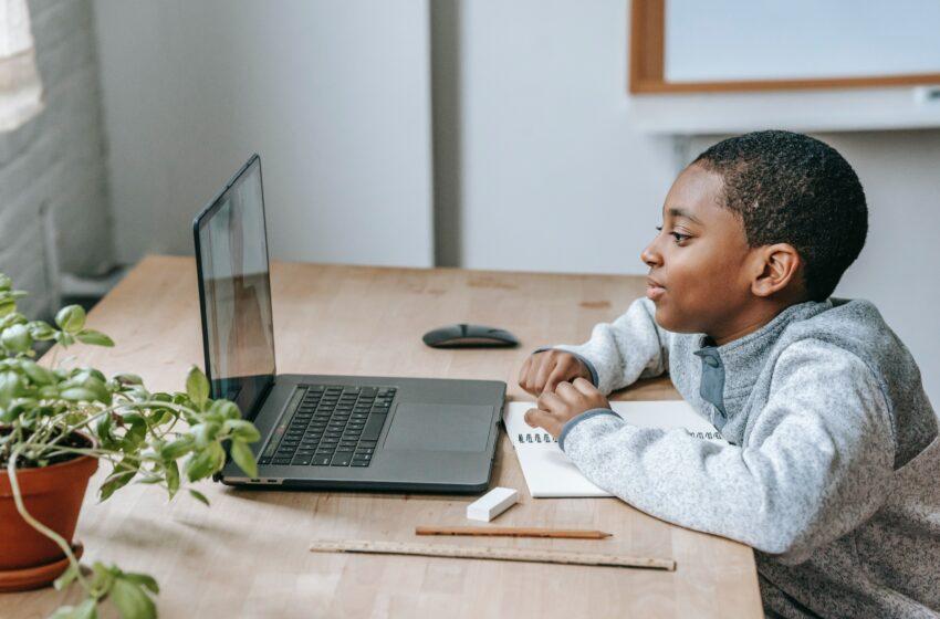 Educare ad un mondo nuovo, quello digitale